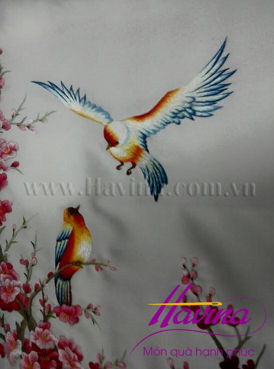 tranh-theu-dam-cuoi-01